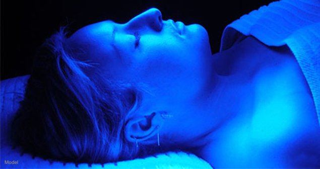 Photodynamic Therapy Pdt Blue Light Therapy At The